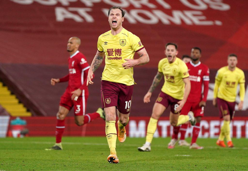 Burnley menang
