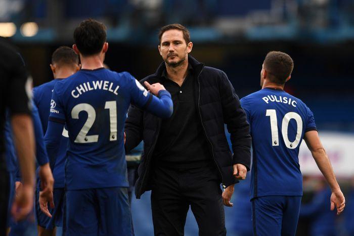 Frank Lampard dan pemain Chelsea