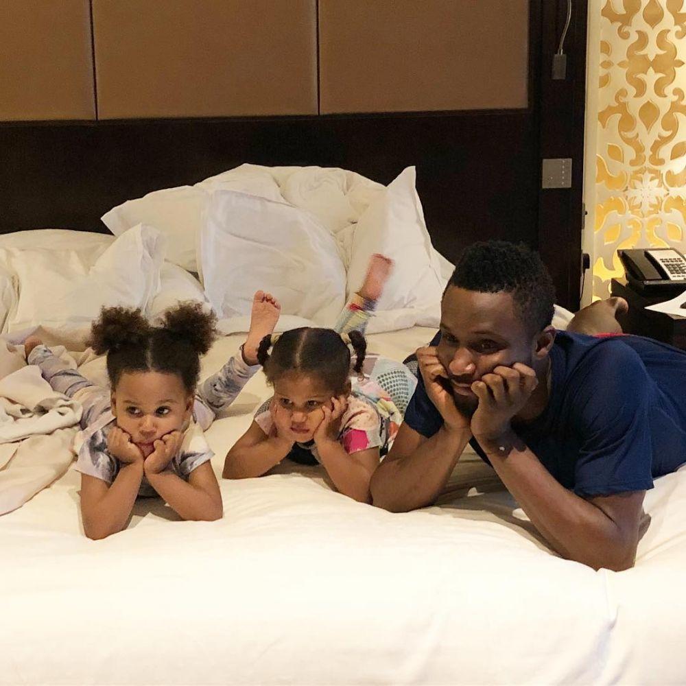 anak kembar John Obi Mikel